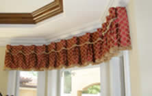 Goblet Valance on Bay Window
